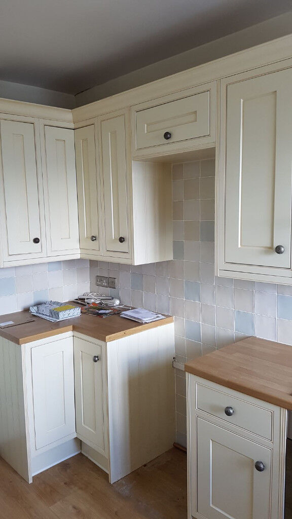 B&Q Cooke and Lewis Woburn Framed kitchen(cream colour) units and ...