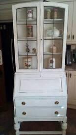 Beurue/bookcase/dresser