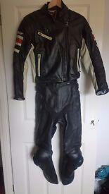 Ladies Dainese Leathers size 8-10