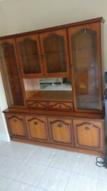 Display cabinet, wall unit
