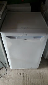 **INDESIT**UNDERCOUNTER FREEZER**FROST FREE**FULLY WORKING**COLLECTION\DELIVERY**NO OFFERS**