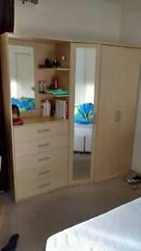 3-door 5-drawer mirrored Combi Wardrobe