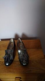 CLARKS BUSBY FOLLY WOMENS BROGUES SHOES UK SIZE 5.5 D