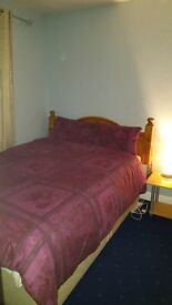 Room to share in Stanwell Moor Village