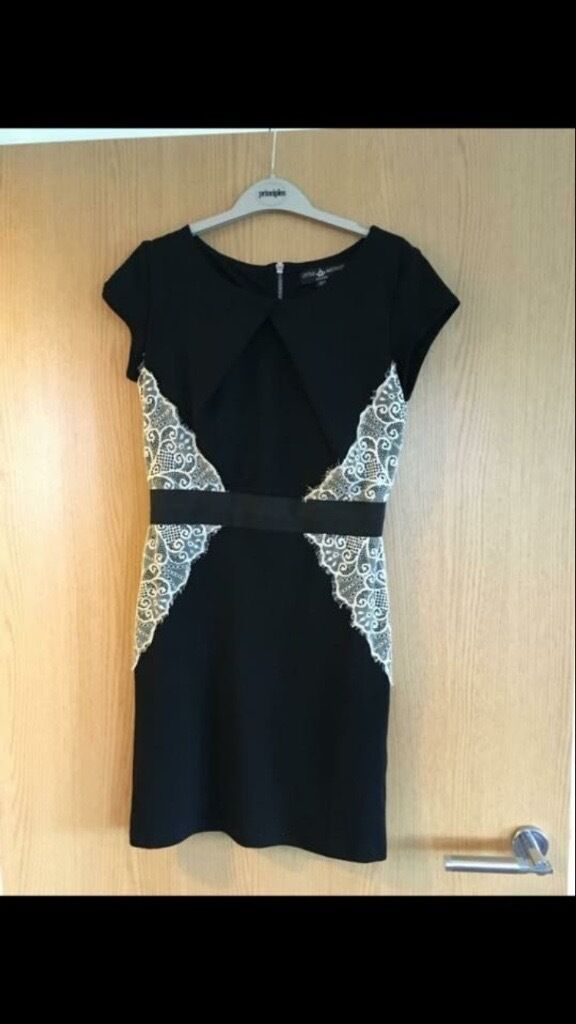 Lipsy London shift dress size 10in Wokingham, BerkshireGumtree - Lipsy London shift dress size 10 worn only once in great condition Black and white knee length Collection wokingham