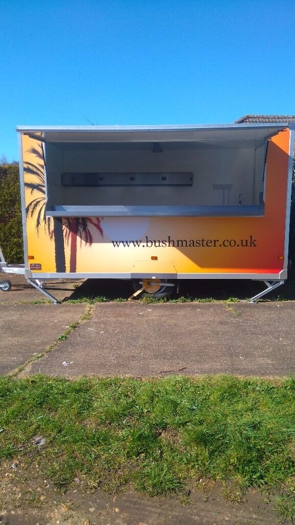 2015 - CATERING TRAILER FOR SALE (MUST SEE!!!)