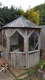 Shed - octagonal (free!) - in need of restoration