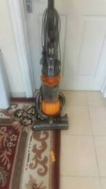 Dc 25 upright hover