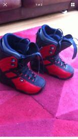 Ladies northwave size 5 snowboard boots