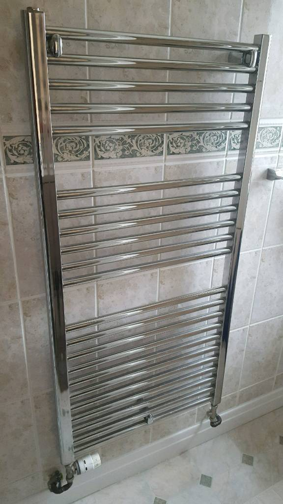 Chrome radiator 1200 x 600 in excellent condition.