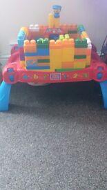 Mega bricks table n bricks