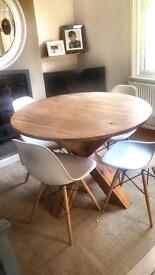 Round/circular solid oak dining table from NEXT