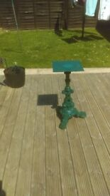 Cast iron table stand in moss green