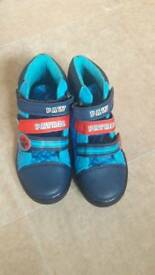 BOYS PAW PATROL VELCRO BOOTS SIZE 8