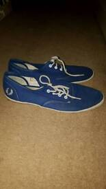 Fred perry pumps size 10