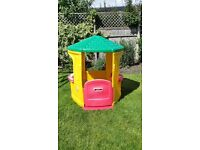 Little tikes cosy cottage play house