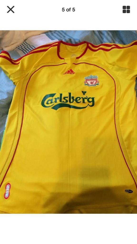 Liverpool football top