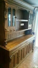 Lrg pine dresser