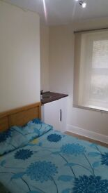 GREAT DOUBLE BEDROOM BEDSIT