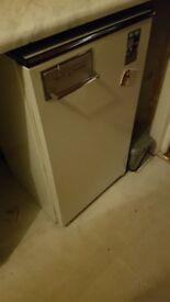 45cm slimline fridge