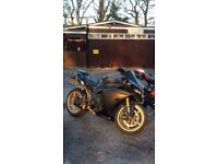Yamaha R1 2010 Big Bang cross plane. Brilliant condition
