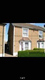 Room to let in West green Crawley