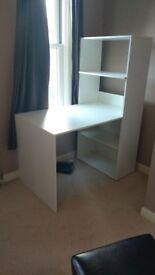 White Desk (W114 x D67 x H146)