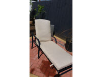###SUN LOUNGER AND PADDED CUSION ######