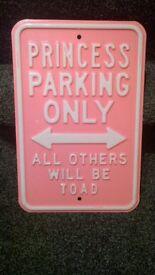 metal drive way parking sign