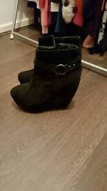 Wedge Boots size 5