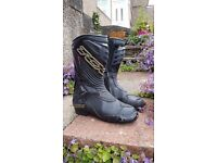 TCX S-R1 Gore-Tex Motorcycle Boots Size 8 (Euro 42)