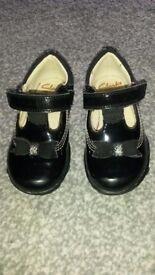 Clarkes small 4E black patent shoes - Ella Ruby