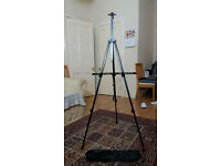 Portable tripod for paint