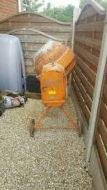 For sale 240v mixer good condition ackro and 24v impact wrench