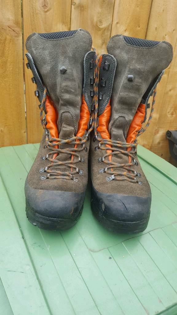Husqvarna Chainsaw boots size 10