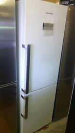 GRUNDIG fridge freezer, new Ex display