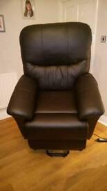 Riser reclining chair
