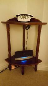 Corner console stand