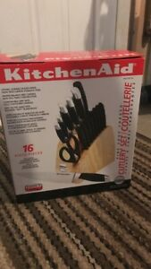 Kitchen Aid 16 piece knife set