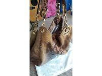 Micheal Kors Handbag (dust bag included) Genuine.