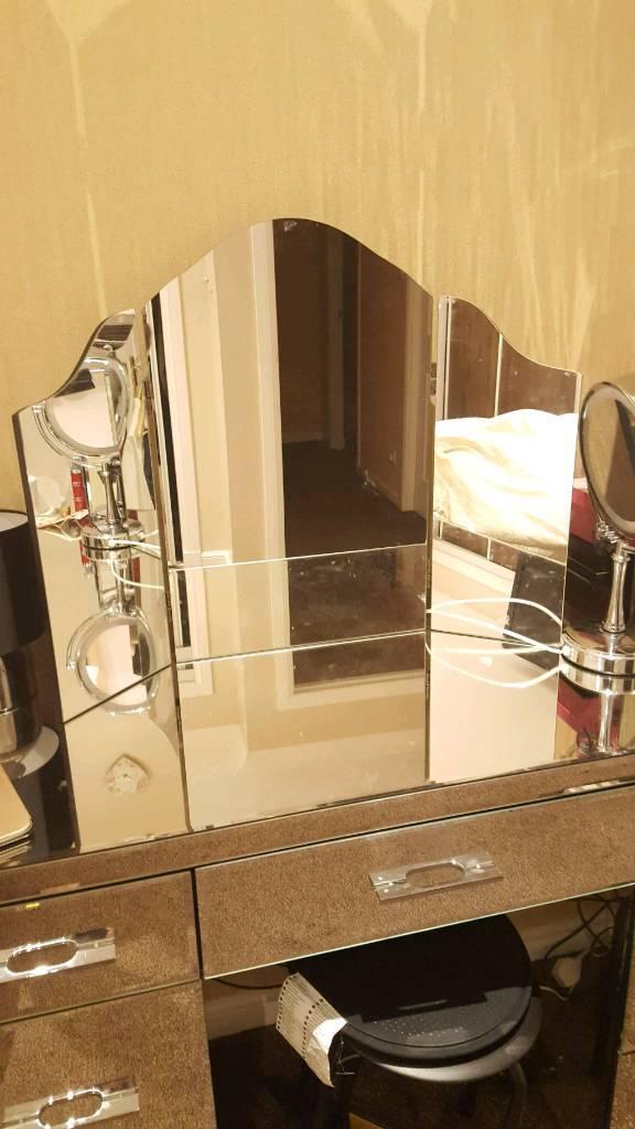 Dressing Table 3 Panel Mirror