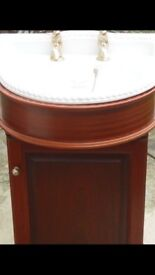 Air Bath and full set included basins toilet and air bath fully working