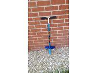 Kids height adjustable pogo stick