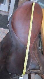19 Inch Brown Leather Saddle Narrow/Medium Width GP saddle