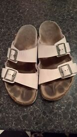 Birkenstock paid £70 in amazing conditions only £12 size 43