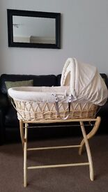 Cream/natural izziwotnot moses basket with stand & mattress