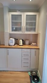 High Gloss Cream Fitted Kitchen