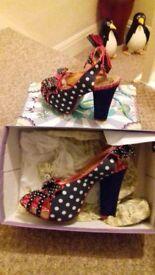 Fashionable shoes size