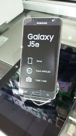 SAMSUNG J5(6), 4G Phone ! 16 GB/ GOLD and BLACK/ SEALED BOXED/UNLOCKED/ 1 Year Warranty