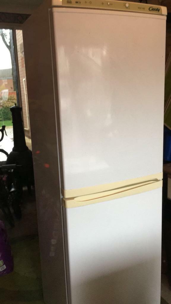 Candy frost free fridge freezer - fully working